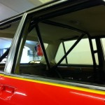 BMW 3.0si race car roll cage