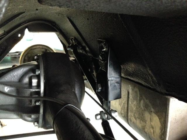 Licked midget rear axle even distribution