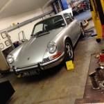 Porsche 911 2.4 rolling road