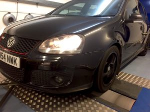 mk5-vw-gold-gti-rolling-road-tuning
