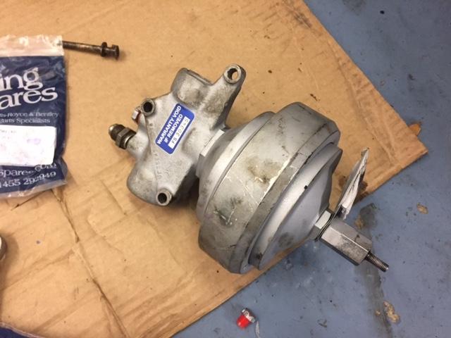 Roll Royce Silver Shadow Brake Accumulator Sphere Valve Pump Overhaul Repair Refurbish Restore on Car Engine Exploded View