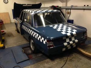 FIA BMW 1800ti rolling road