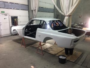 Group 2 BMW CSL race car build