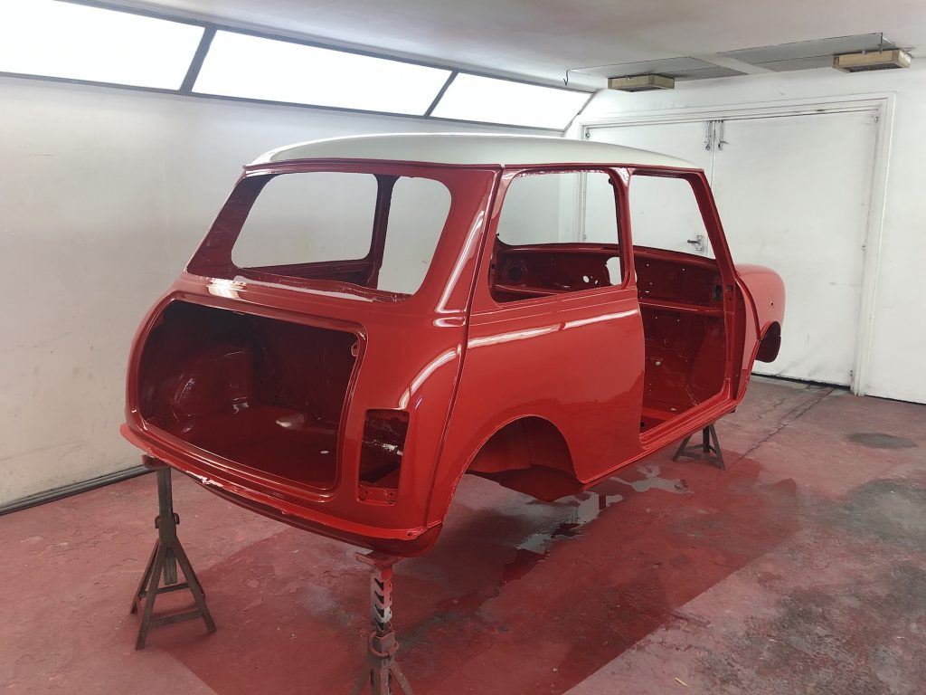 Classic Mini Cooper Spi flame red respray