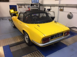 Lotus Elan S4 rolling road 2