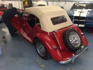 MG TF classic car service garage