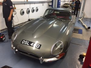Series 1 3.8 Jaguar E-type rolling road tune