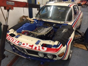 Urpila Alpina BMW CSL Batmobile slide throttle fuel injection