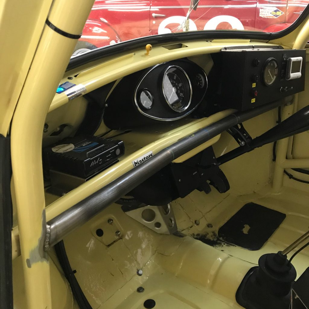 Bespoke dash rail Mini Cooper S race car